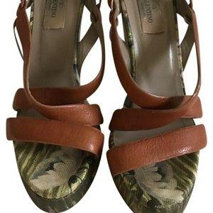 Valentino Garavani Strappy Wedge Shoes 8.5